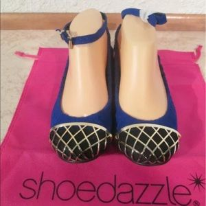 Olympia By Shoe Dazzle Blue Flats